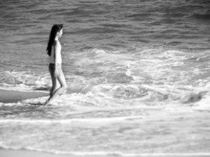 beach_girl_black_242563_l
