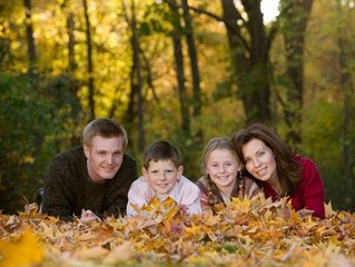 family-outdoors-leaves-photo