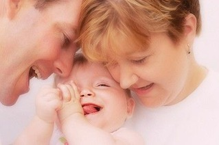 Happiness-family_420-420x0