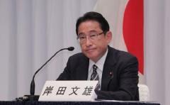 岸田内閣、平均年齢61.8歳=女性3人、若手は3人―新政権