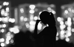 """女性の自殺""""8割増""""の厳しい現実 放置されてきた、2つの「低賃金問題」"""