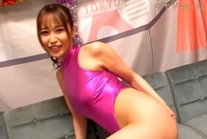 凄テク、篠田ゆう!プリ尻にレオタードのSEXYコスプレ