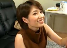 パイズリ抜き、奥田咲!えげつないフェラチオに爆乳に挟まれ挟射で・・・