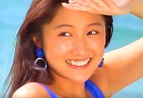 イメージビデオ、井上晴美!AVとは言いませんが笑顔と水着が素敵です・・・
