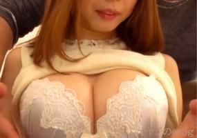 美巨乳Gカップ、時多しほり(松岡すず)!伝説のおっぱいパブ嬢がAVデビュー・・・