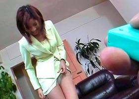 刺激と快感、立花里子!スーツの下はリモコンバイブに乳首バイブで・・・