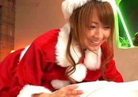 メリークリスマス、吉沢明歩!サンタさんのプレゼントはデリヘルプレイ・・・