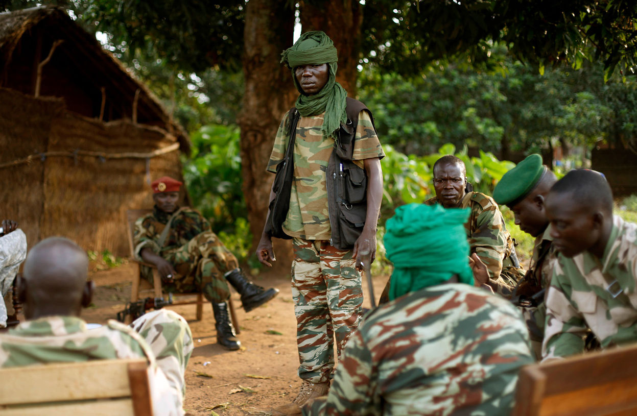 IntCriJus BLOG カテゴリ:アフリカ > 中央アフリカ中央アフリカ事態:3人目の逮捕者―衡平な正義ベンバ無罪―上官責任に一定の制約か中央アフリカ事態(CARII)で急展開―2名の逮捕ICC三件目の有罪―ベンバ事件中央アフリカでの国内裁判の試みー特別刑事裁判所(SCC)設置中央アフリカ ―ベンバ (Jean-Pierre Bemba Gombo) 事件(公判まで)