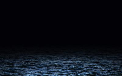 「黒い海の地平線」