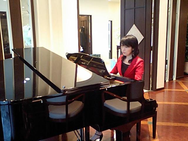 ピアノ 徳山桜子 ウェディング,ブライダル,結婚式,披露宴,ピアノ演奏,演奏家,派遣,生演奏,ジャズバンド,ジャズデュオ,ジャズトリオ,会社イベント,企業パーティー♪