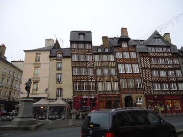 Rennes-Place du Chp Jacquet