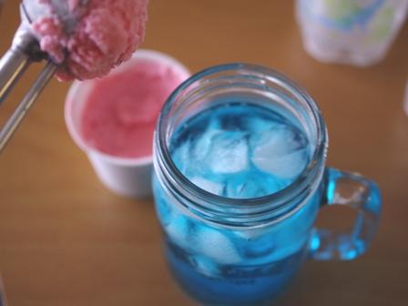 可愛い色のクリームソーダ03