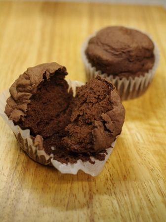 アレルギー対応のチョコレートケーキ パン用米粉で作ったもの