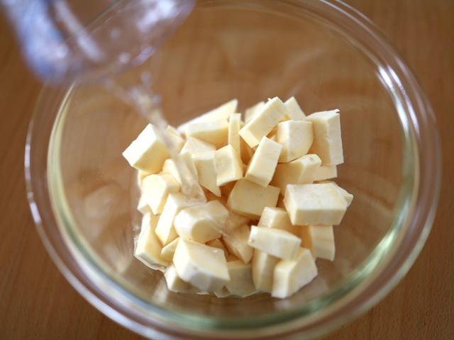 片栗粉とレンジで簡単芋蒸しようかん03