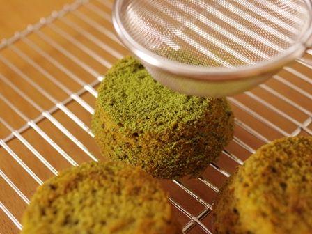 ホットケーキミックスでバナナ抹茶の高原カップケーキ03