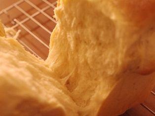 甘酒でつくる食パン00