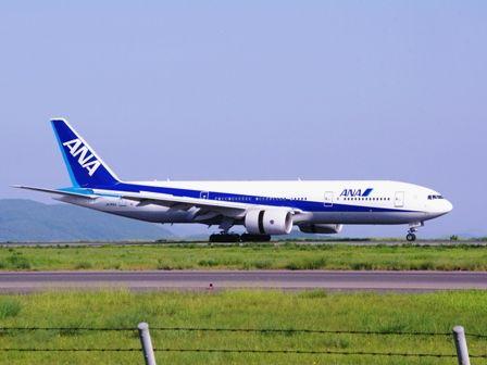 ボーイング777岡山空港