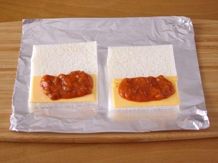 とろりサクサク焼きサンドシナイッチ01