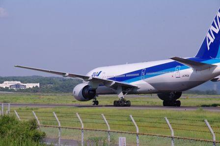 ボーイング777岡山空港にて02
