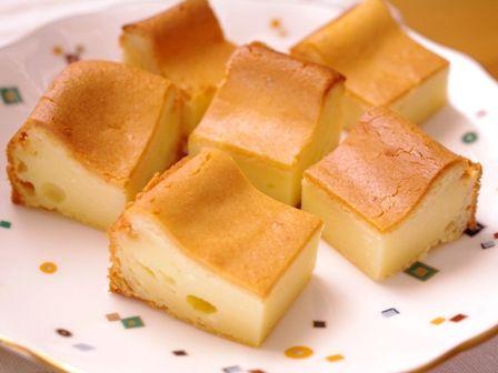 つまんでパクッと食べられるチーズケーキキューブ08