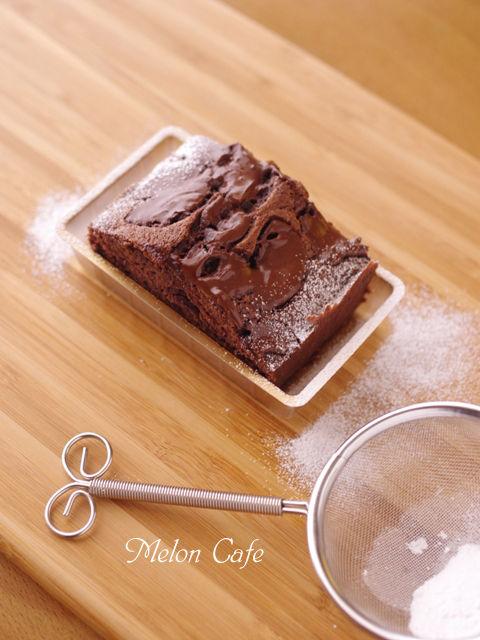 たっぷりチョコのパウンドケーキ04