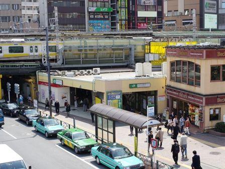 JR総武線飯田橋駅
