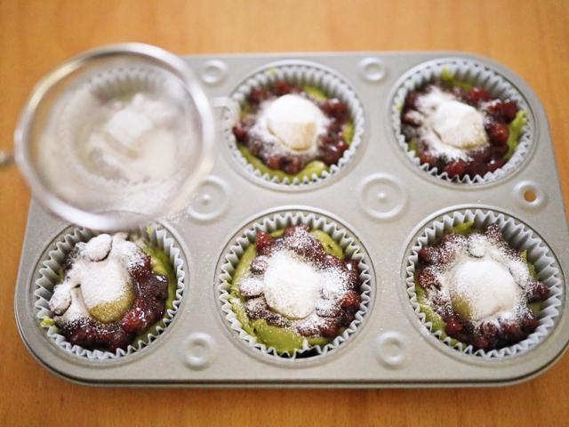 栗とあずきの抹茶カップケーキ04