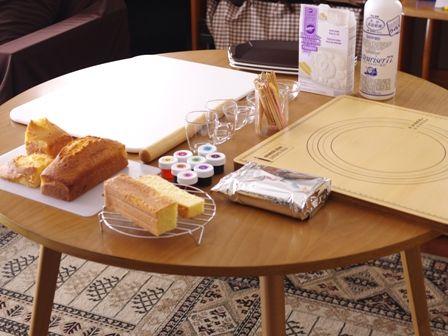 おやつづくりパーティ電車のケーキ山手線車両07