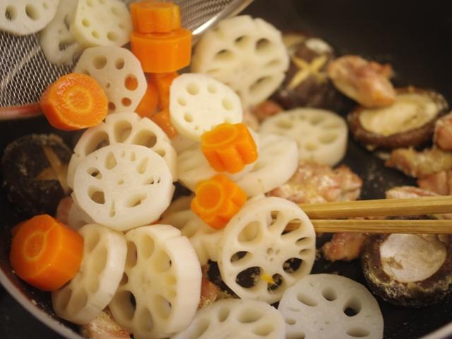 根菜とグリルチキンのごちそう炒め煮05