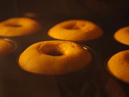 カボチャとカルダモンの大人味焼きドーナツ03