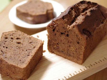 ドライフィグ(イチジク)のチョコレートケーキb