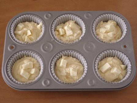 ホワイトチョコの母の日カップケーキ04
