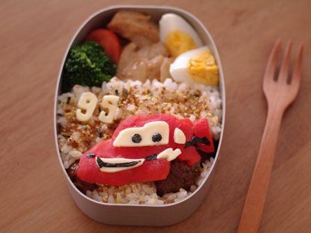 カーズのお弁当☆ライトニング・マックイーン