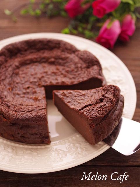パーティ用ホールケーキのガトーショコラ粉なし01