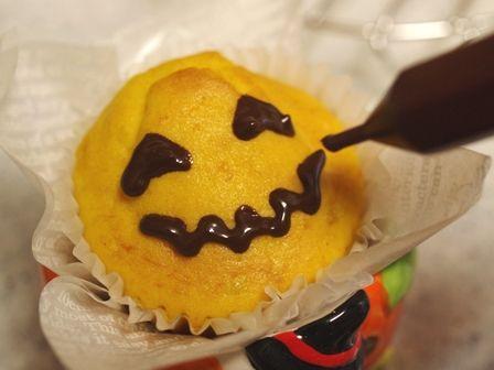 ハロウィンかぼちゃの豆乳カップケーキ05
