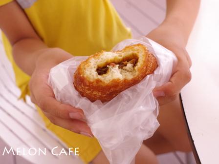 おいしいパン屋さん木村家ラゾーナ川崎メロンパンとカレーパン05