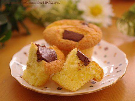 チョコざくざくカップケーキ