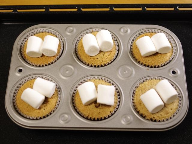 ホットケーキミックスでバレンタインのカフェスモアケーキ05