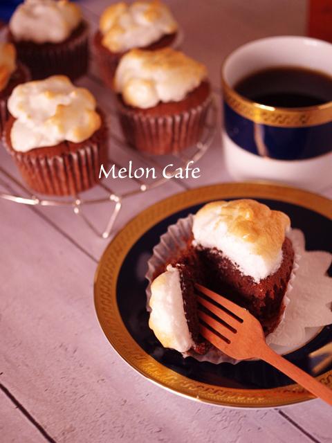 ホットケーキミックスで簡単メレンゲのせココアカップケーキ00