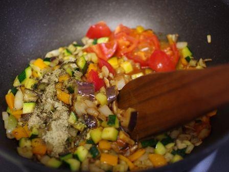 鶏肉のポワレ野菜たっぷりラタトュユ添え04