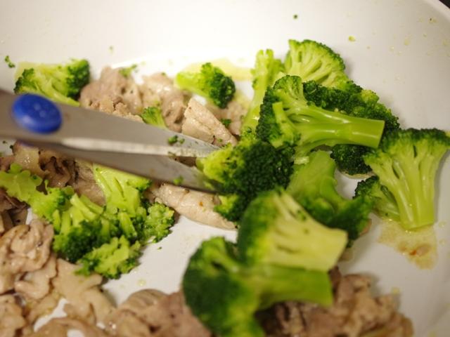 簡単豚肉とブロッコリーのペンネパスタ07