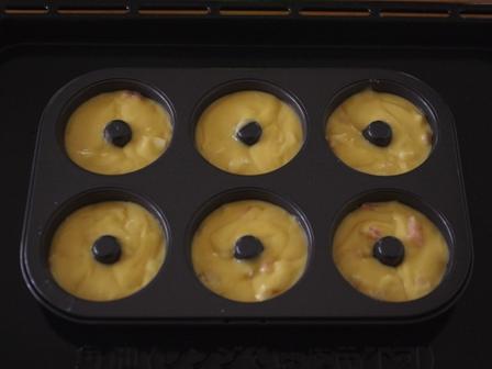 ヨーグルトと桃のシンプル簡単ヘルシー焼きドーナツ05
