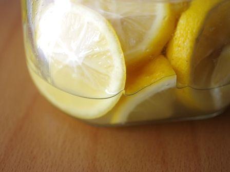イタリアンハーブミックスとはちみつ塩レモンでつくる彩りサーモンサラダ02