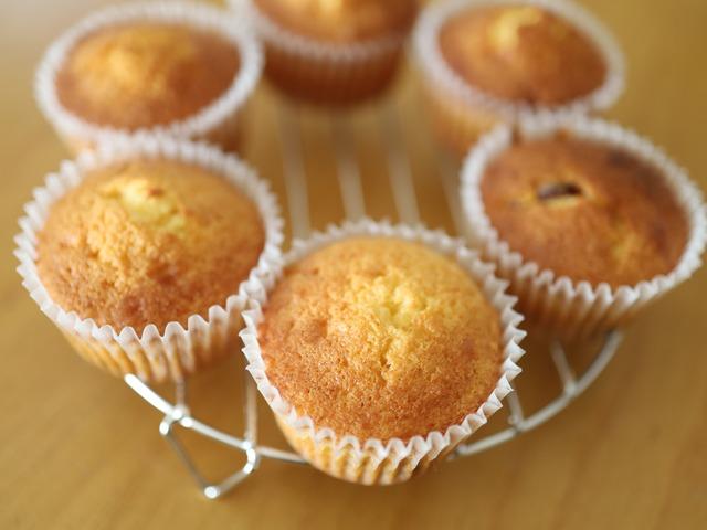 HMで作るはちみつフルーツカップケーキ_08
