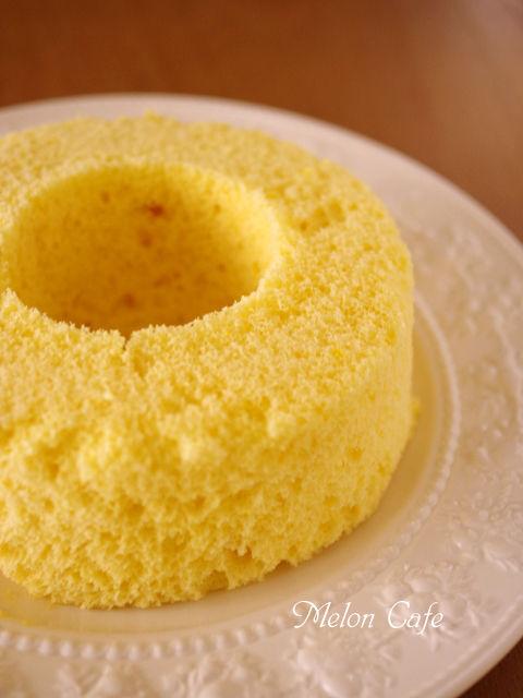 レンジで簡単ホットケーキミックスの優しいシフォンケーキ07