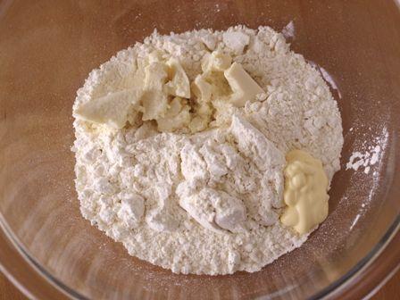 ホットケーキミックスで作る塩パン01