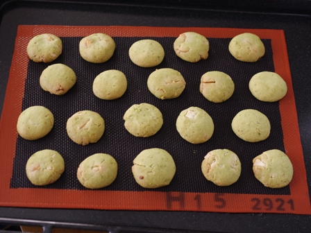 抹茶とホワイトチョコの簡単クッキー04