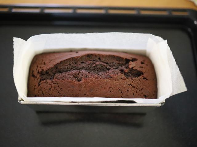 HMとココアで簡単チョコレートケーキ_007