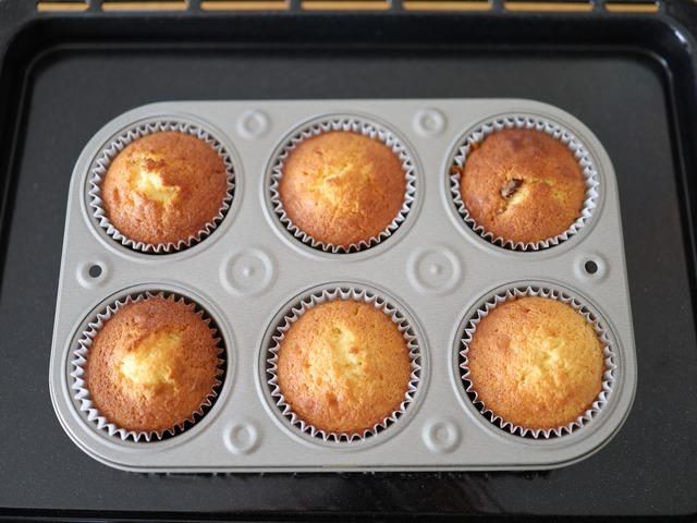 HMで作るはちみつフルーツカップケーキ_07