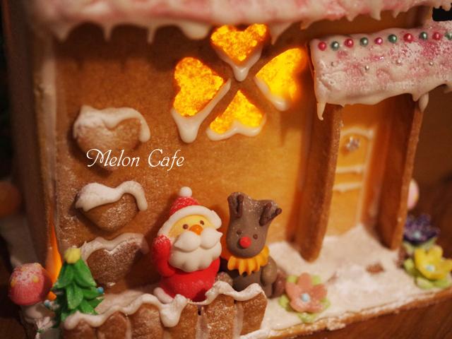 あかりの灯るヘクセンハウスお菓子の家201602